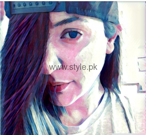 Bollywood Celebrities who are addicted to Prisma App (11)