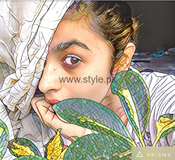 Bollywood Celebrities who are addicted to Prisma App (2)