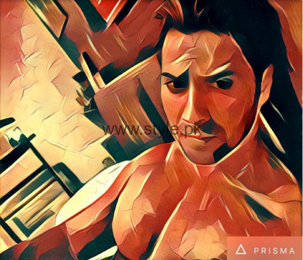 Bollywood Celebrities who are addicted to Prisma App (7)