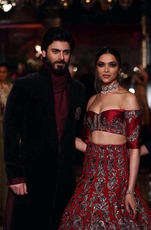 Fawad Khan and Deepika Padukone as showstoppers (7)