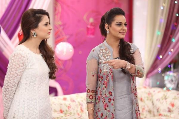 Javeria Abbasi replaced Nida Yasir in Good Morning Pakistan (3)