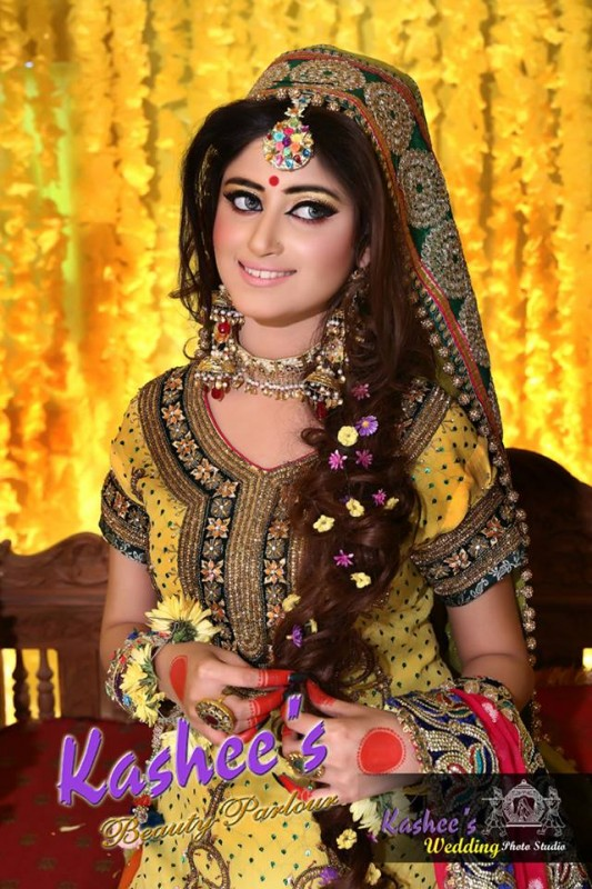 Mehndi Makeup Looks : Latest makeup ideas for mehndi event