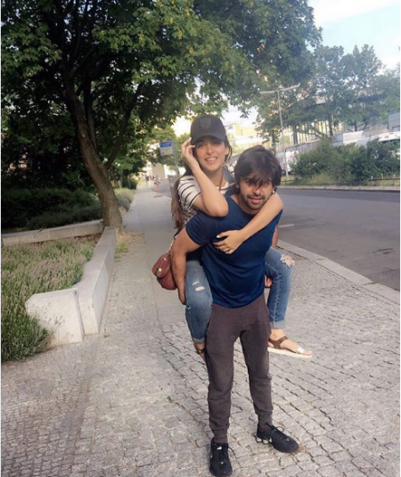 Latest Pictures of Urwa Hocane and Farhan Saeed from Netherland's tour (3)