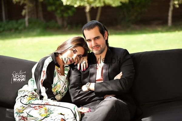 Maheen And Shahbaz Taseer Photoshoot For Hello Magazine006