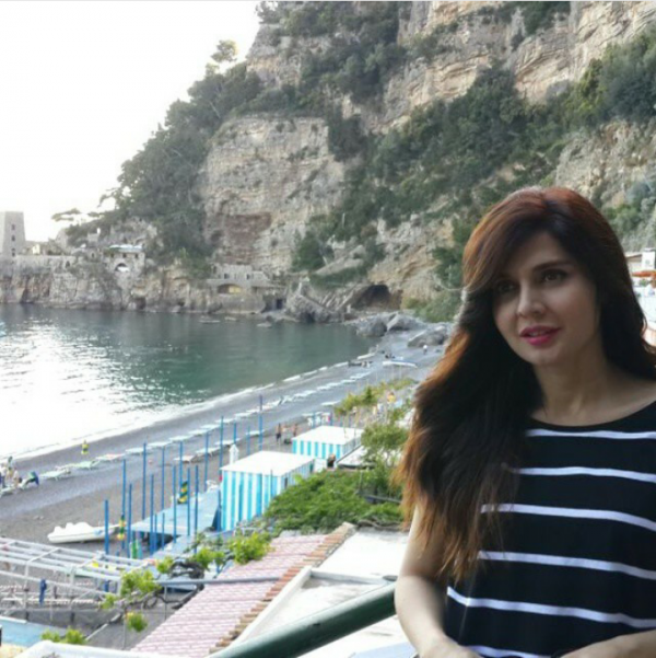 Mahnoor Baloch's pictures from Greece Tour (11)