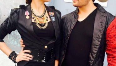 See Mehwish Hayat and Shiraz Uppal during shoot of Coke Studio season 9