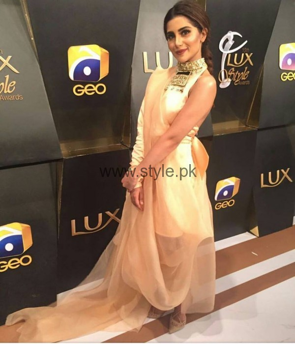 Pakistani Celebrities at Lux Style Awards 2016 (17)