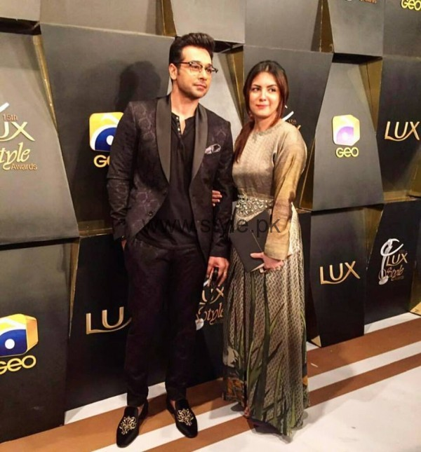 Pakistani Celebrities at Lux Style Awards 2016 (27)