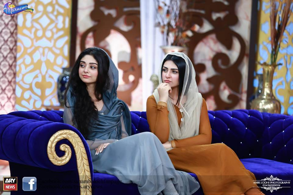 Pictures Of Beautiful Sisters Sarah Khan And Noor Khan