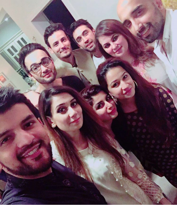 Pictures of Pakistani Celebrities on 2nd day of Eid (12)