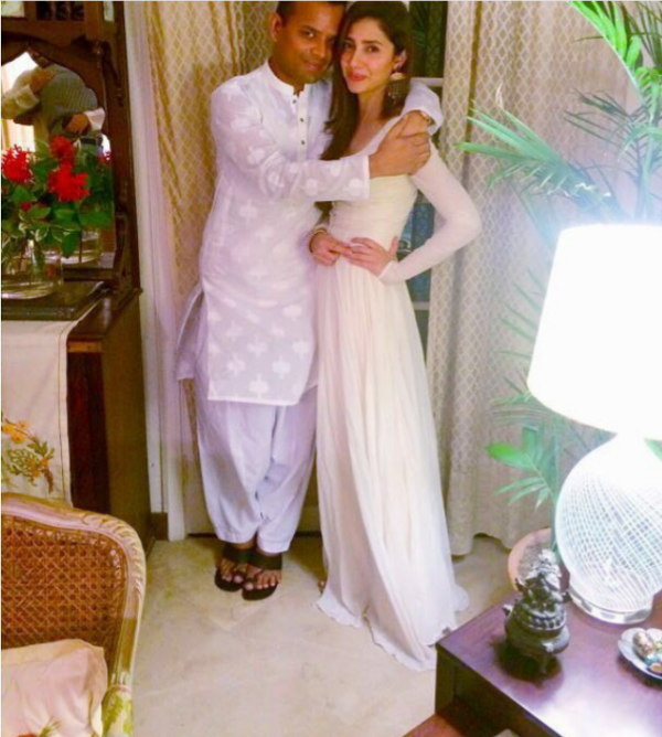 Pictures of Pakistani Celebrities on 2nd day of Eid (15)