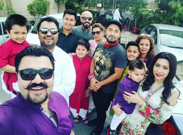 Pictures of Pakistani Celebrities on 2nd day of Eid (18)