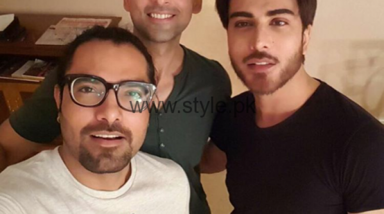 See Sami Khan, Yasir Hussain and Imran Abbas in India