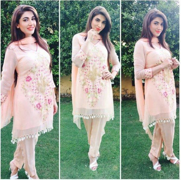 Sana Nawaz On Eid 2016