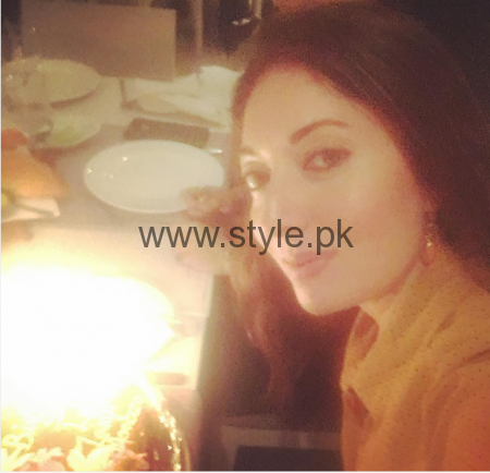 Sharmila Farooqui's birthday celebration (1)