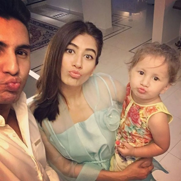 Syra And Sheroz With Their Daughter On Eid 2016