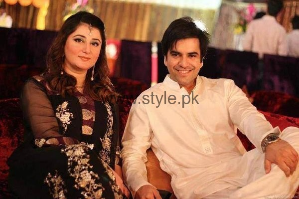 Which Pakistani Actors Looks Younger Than Their Wives004