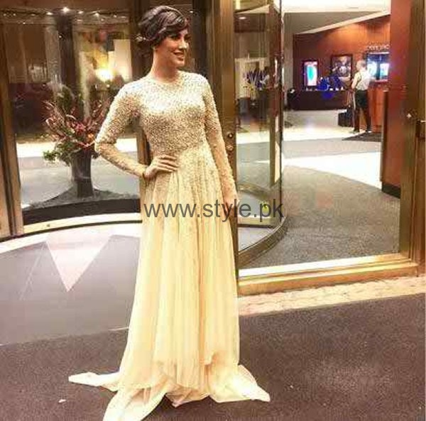 Which Pakistani Actresses Looks Beautiful In Buns003