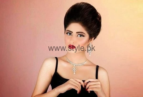 Which Pakistani Actresses Looks Beautiful In Buns006