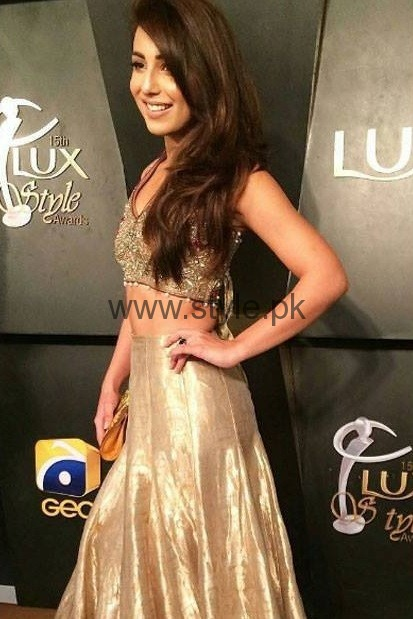 Worst Dressed Celebrities at Lux Style Awards 2016 (6)