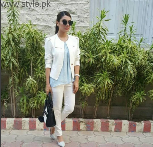 10 Times Ayeza Khan stunned in White dress (2)