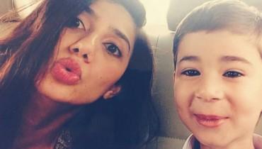 See Mahira Khan with her son