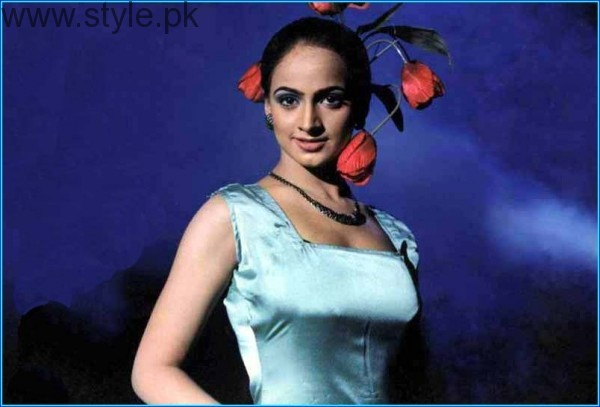 Actress Noor Bukhari Hot