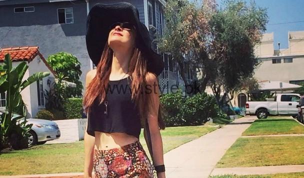 Ayesha Omer Top Omg Fashion Moments Style Pk