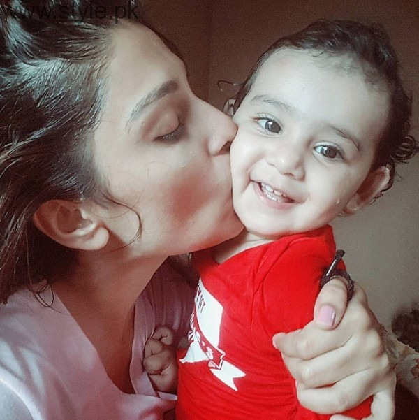 Ayeza Khan With Hoorain Taimoor