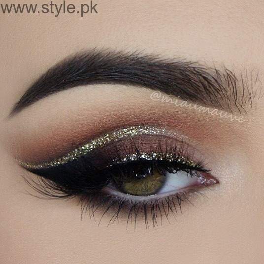 Colorful Eyeliner trends 2016 in Pakistan (12)