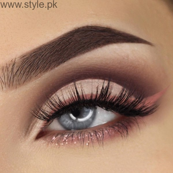 Colorful Eyeliner trends 2016 in Pakistan (14)