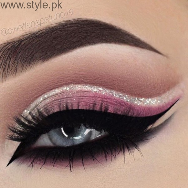 Colorful Eyeliner trends 2016 in Pakistan (7)