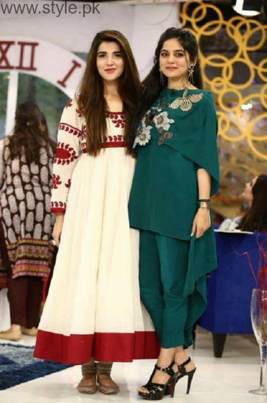 Hareem Farooq In Sanam Baloch Morning Show Pic