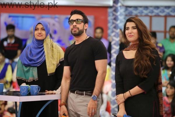 Hareem Farooq looked super hot in Black Shalwar Kameez (5)