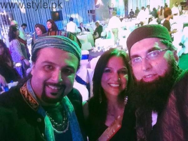 Junaid Jamshed With Pakistani Actresses