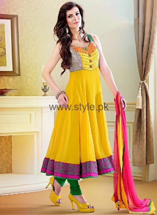 Latest Dresses 2016 for Mehndi Event (2)