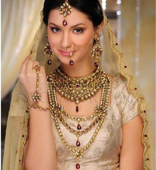 Latest Kundan Bridal Jewellery 2016 (6)