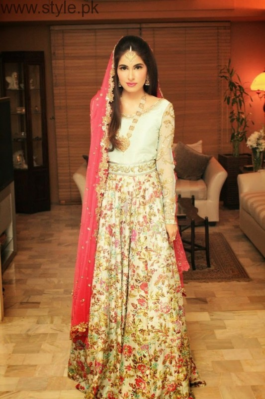 Latest Pakistani Engagement Dresses 2017