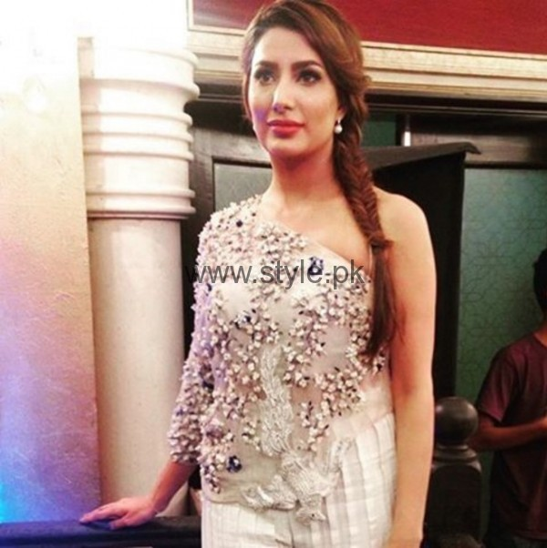 Mehwish Hayat at Actor In Law Music Launch 01