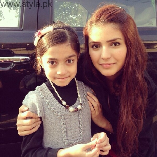 See Momina Mustehsan's Biography and Pictures