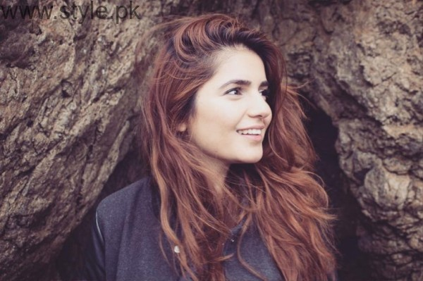 Momina Mustehsan's Biography and Pictures (11)