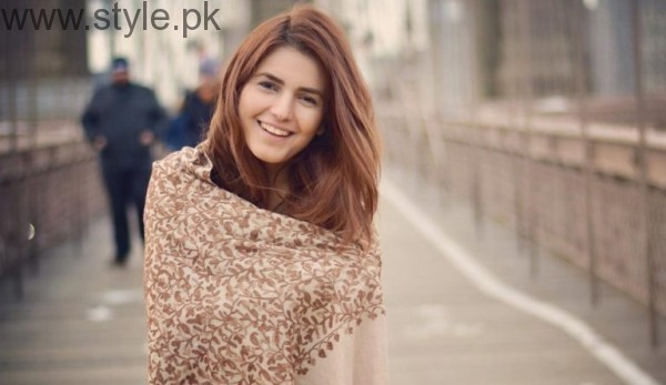 Momina Mustehsan's Biography and Pictures (7)