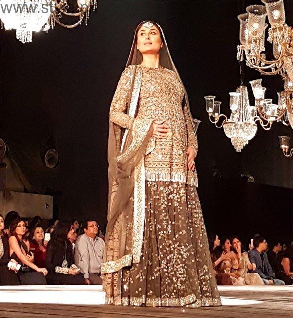 See Mommy to be Kareena Kapoor looks graceful