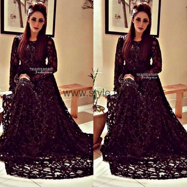 Sanam Chaudhry At Lux Style Awards 2016
