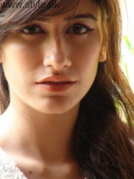 Syra Shehroz Nose