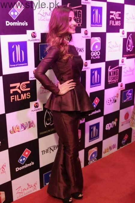 Celebrities at Premiere of Zindagi Kitni Haseen Hai (17)