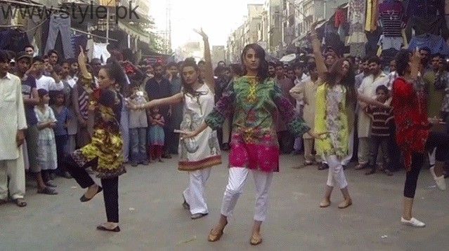 Girls Dancing On The Streets Of Lahore For A Fashion Brand
