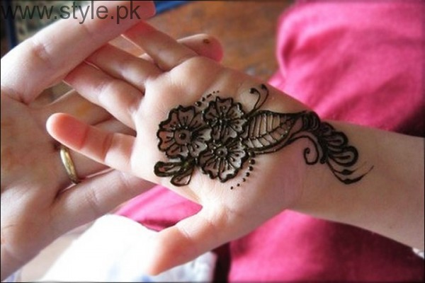 Latest Mehndi Designs 2016 for Kids (12)
