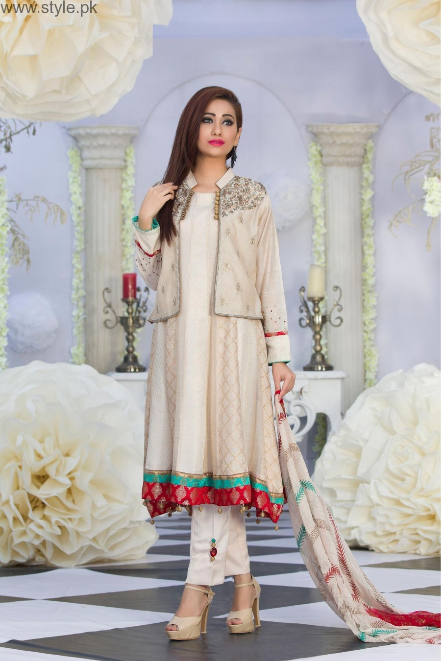 Latest Pakistani White Party Wear Dresses 2016 2