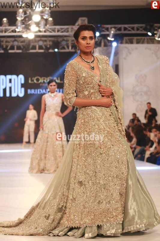 SairaShakira at PFDC L'Oreal Paris Bridal Week 2016 Day 1 (11)